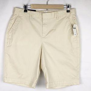 GAP Tan Bermuda Stretch Shorts NWT in Size 12
